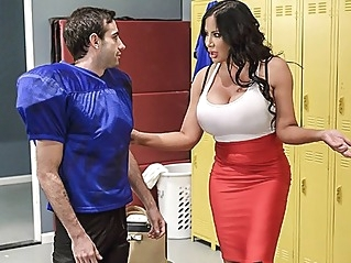 big tits milf straight at UPORN